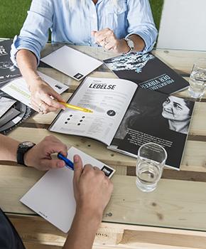 Karrieremødet er gratis, varer cirka 1 time og holdes der, hvor det passer dig bedst.